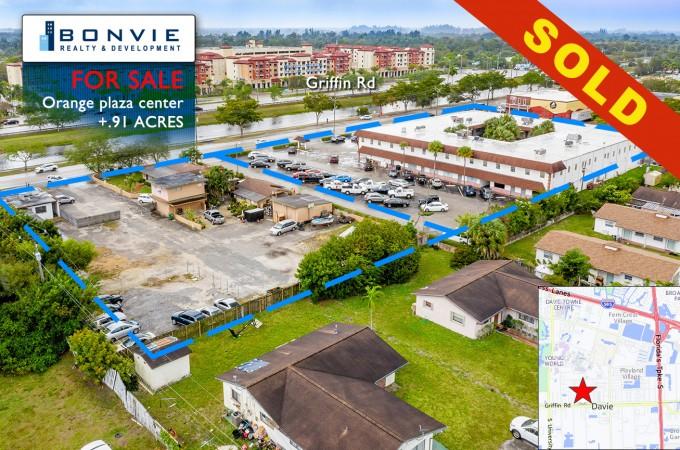 6121-6143 Orange Drive (.91 Acres) – SOLD